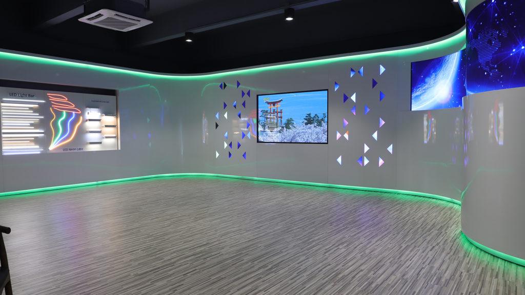Showroom Image 2